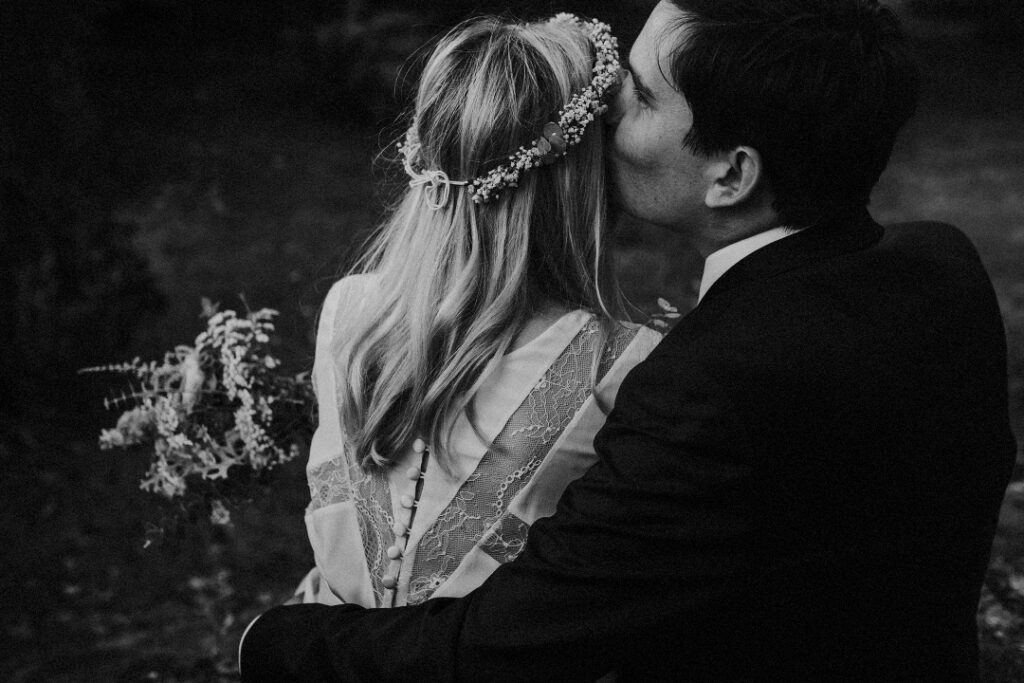 Coralie Monnet French intimate weddings photographer 107