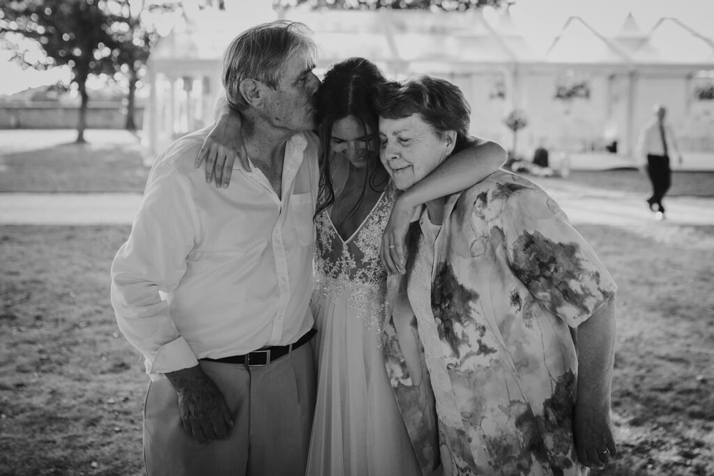 Coralie Monnet French intimate weddings photographer 189