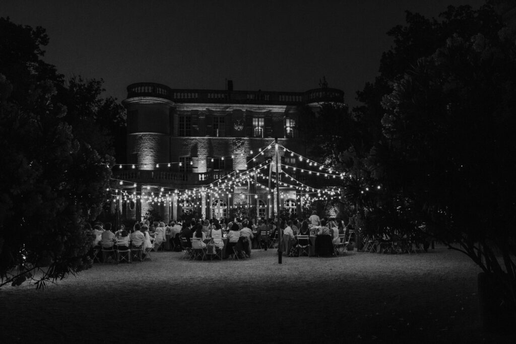 modern alfresco wedding in a french chateau Coralie Monnet 130